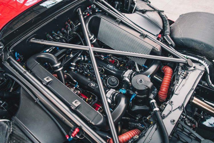 1696090_Ferrari_P80_C_shake_down_03_1200x40